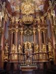 Hochaltar der Stiftskirche mit den Patronen Petrus und Paulus